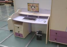 Детский компьютерный стол 5 - St Dts