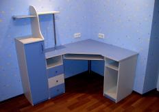 Детский компьютерный стол 3 - St Dts